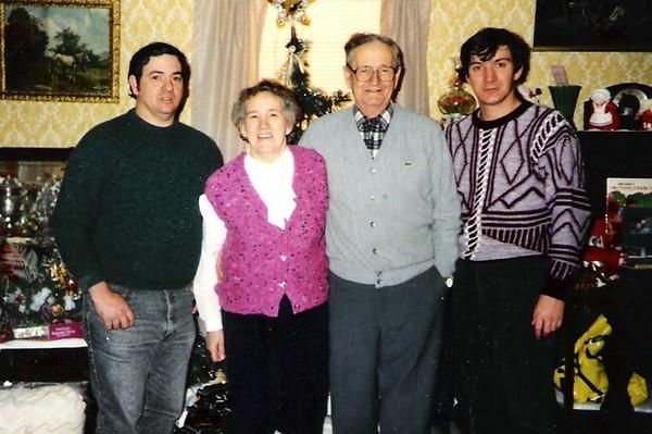 Dale,Norma,Kenneth,John Brockway.jpg