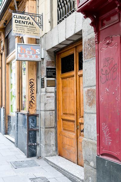 Sat 3/05 in Madrid: Dental Office