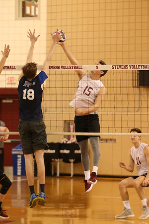Stevens Volleyball v Rivier 180203