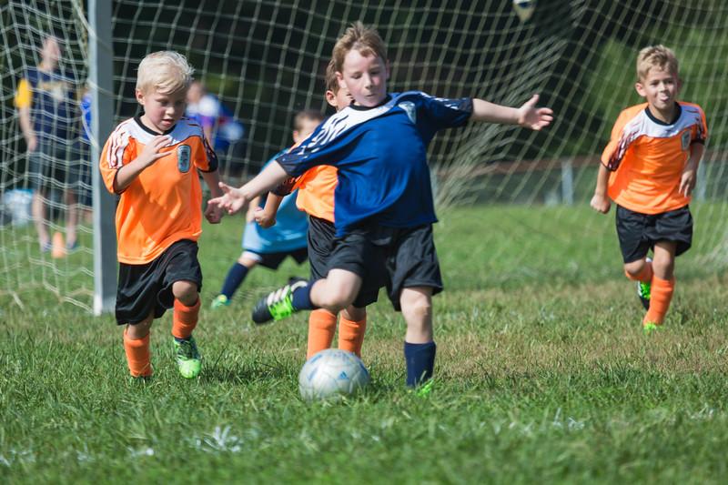 gabe fall soccer 2018 game 2-228.jpg