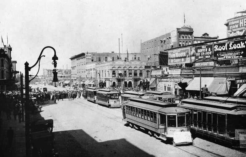 utah-light-railway_parade_don-strack-collection.jpg