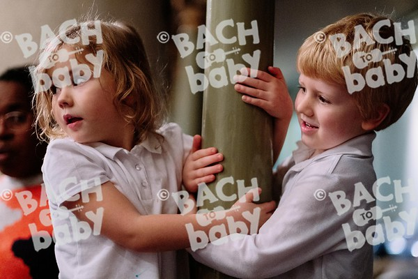 © Bach to Baby 2019_Alejandro Tamagno_Borough_2019-12-19 012.jpg