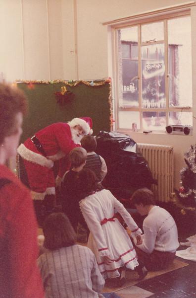 Christmas 1985 - Greenham Common_0014.jpg