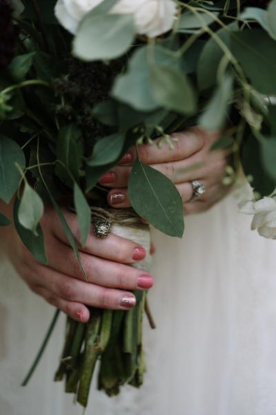 rustic_ohio__fall_barn_wedding-91.jpg