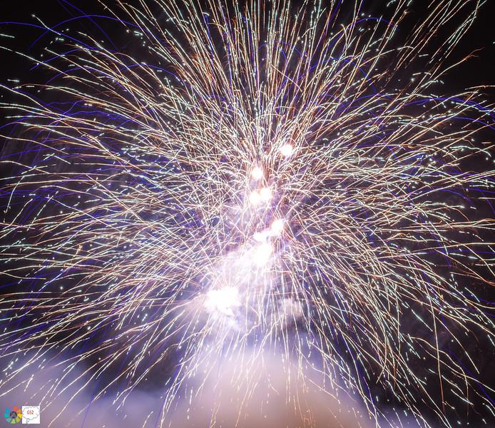 G52GamesleyFireworks-Nov18 (25 of 54).jpg