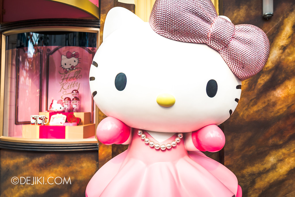 Universal Studios Singapore - Hello Kitty Studio store hero