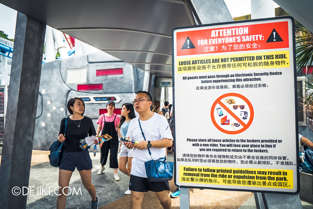 Universal Studios Singapore - Park Update May 2016 / Galactica Safety Sign