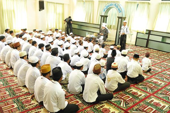 Waqf-e-Nau Ernakulam (Nov 30)