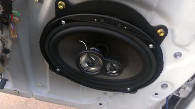 2006 Toyota Camry Front Door Speaker Installation - USA