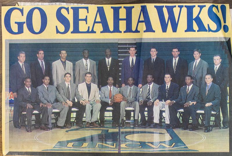 UNCW Basketball 99-00-1.jpg