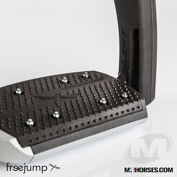 M4-Freejump-07.jpg