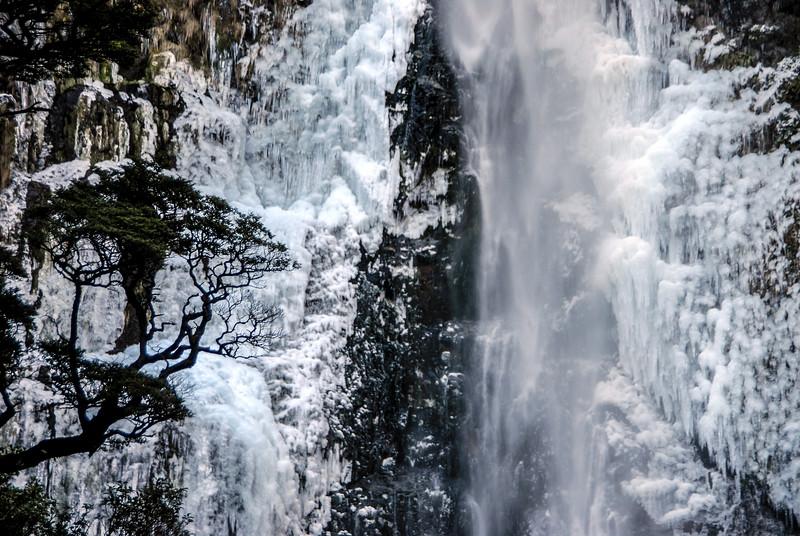 05-DSC_3336 NZ Waterfall ALA clarity PS-.jpg