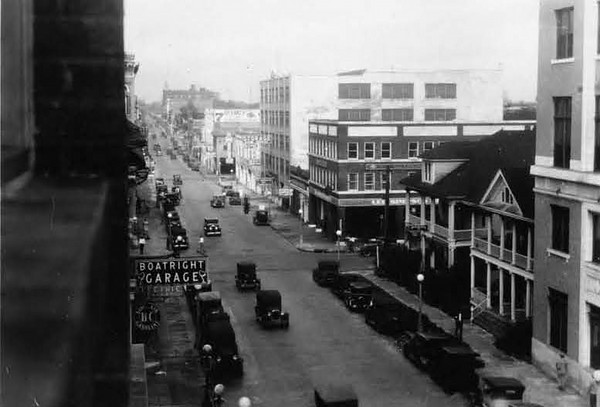 1928-Adams Street - west from Julia Street.jpg