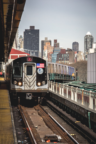 Subway Train NY-2806.jpg