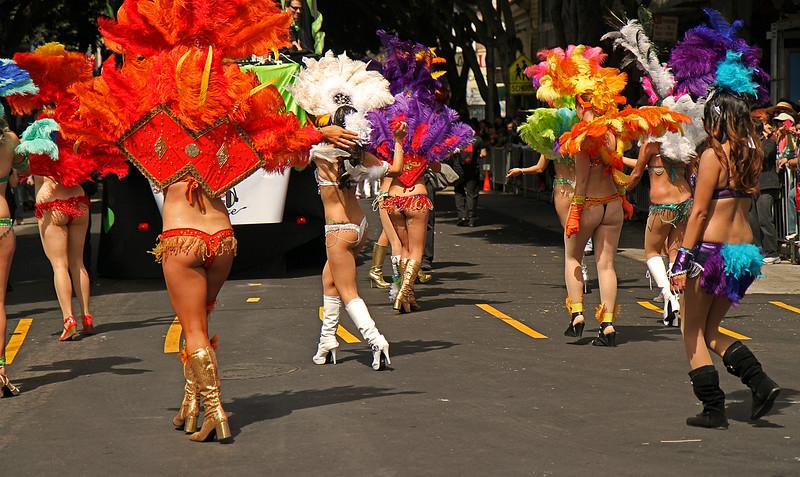 sexybehindwalkparade1600.jpg