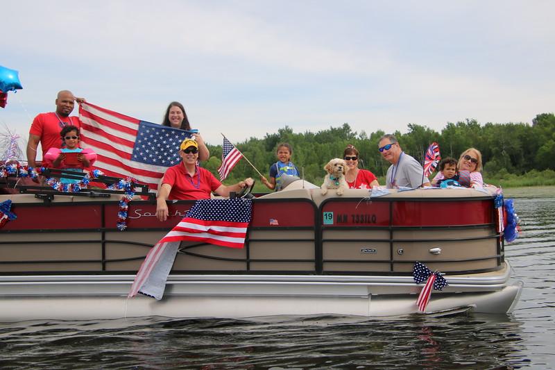 2019 4th of July Boat Parade  (17).JPG
