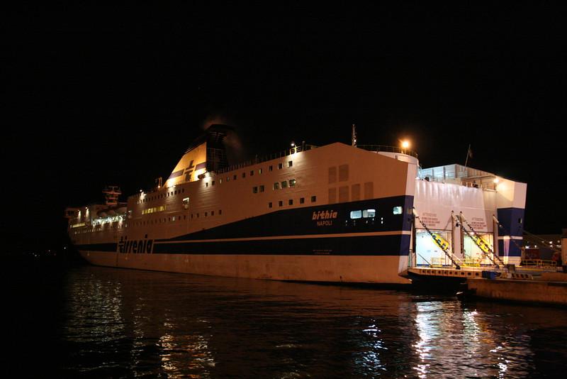 2011 - F/B BITHIA in Napoli embarking to Palermo.