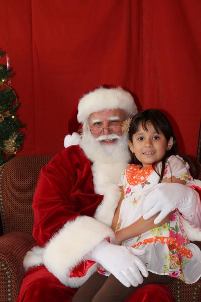 Santa Clause 27NOV2010-129.JPG