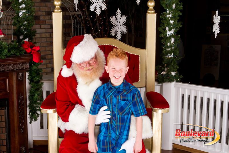 Santa Dec 8-273.jpg