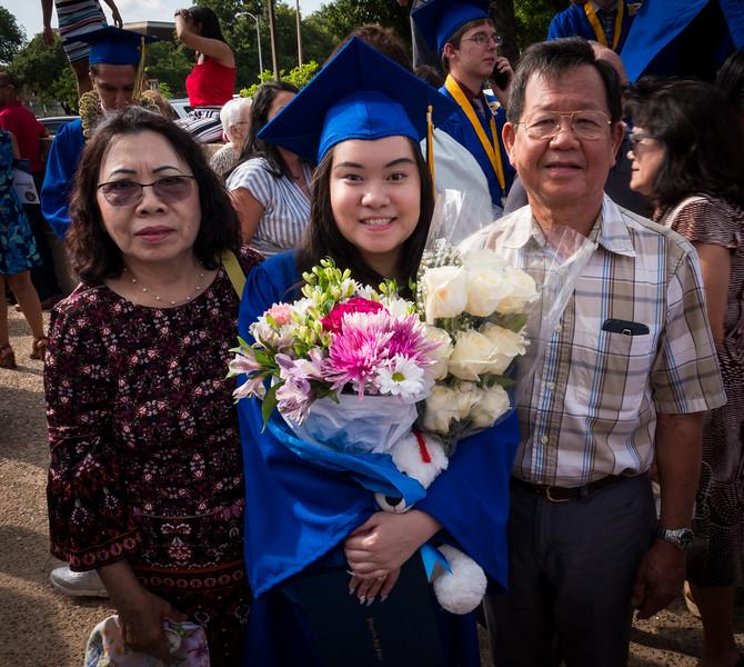 20190601_april-hs-graduation_009.JPG