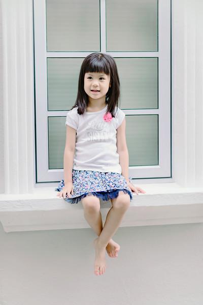 Lovely_Sisters_Family_Portrait_Singapore-4436.JPG
