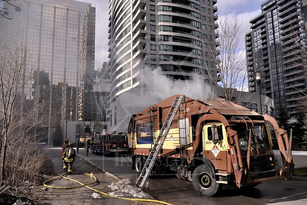 April 8, 2016 - Vehicle Fire - Spring Garden Ave & Yonge St