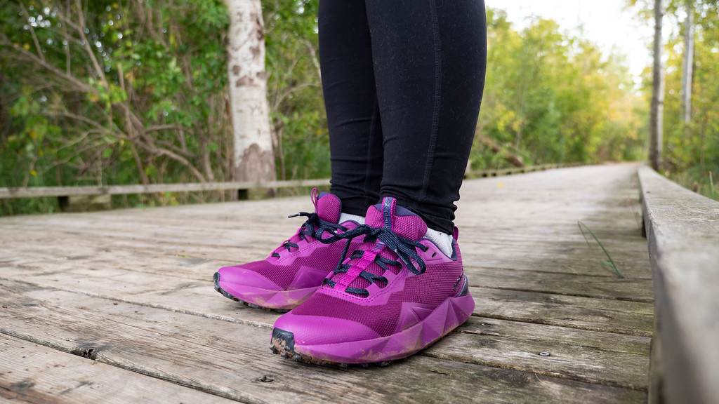 Best Lightweight Hiking Boots - Columbia Facet 15 hiking shoes