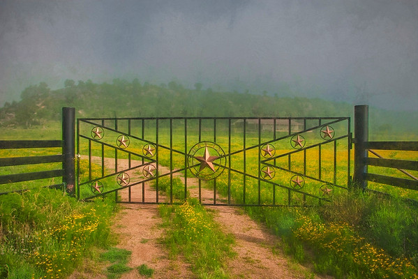 ICONIC IMAGES OF THE TEXAS HILL COUNTRY