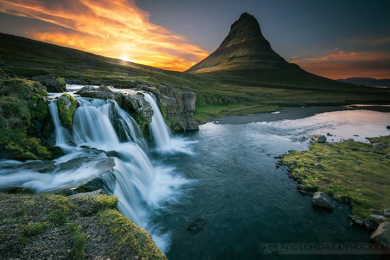 Iceland - Kirkjufell2.jpg