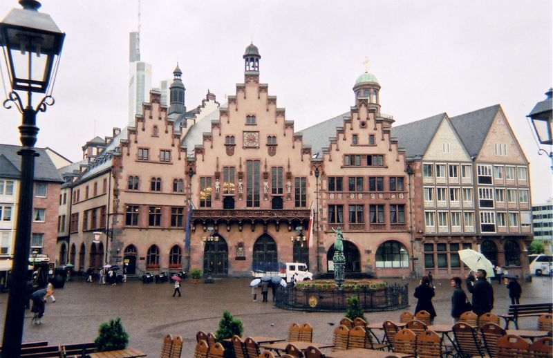 old_square.jpg
