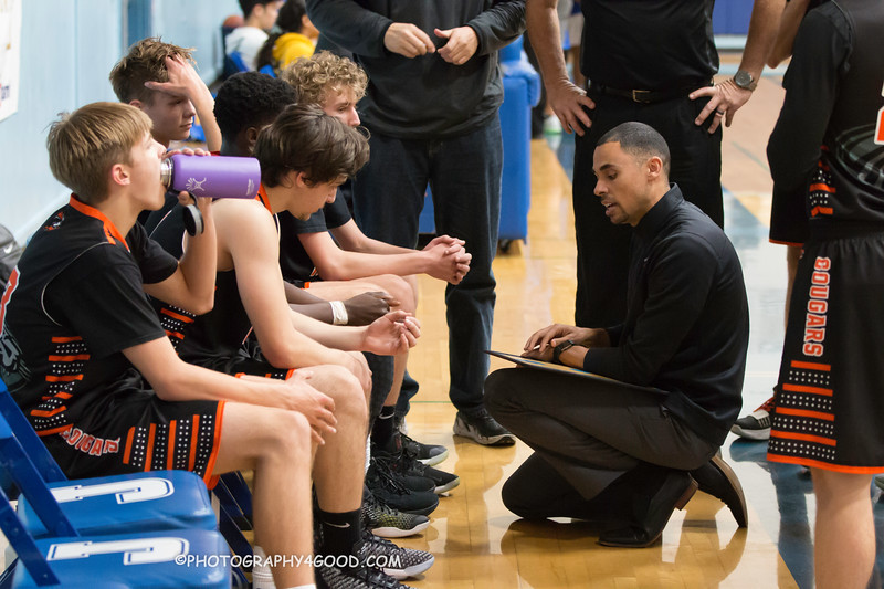 HMBHS Varsity Boys Basketball 2018-19-7950.jpg