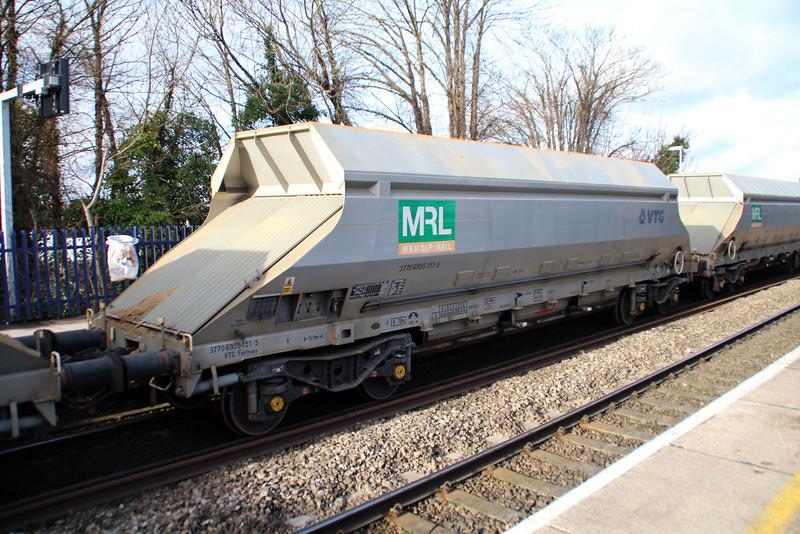IIA 37706955151-5 Reading West 01/02/13.