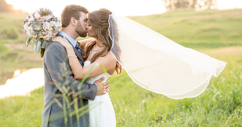 cover-knoxville-weddings.jpg