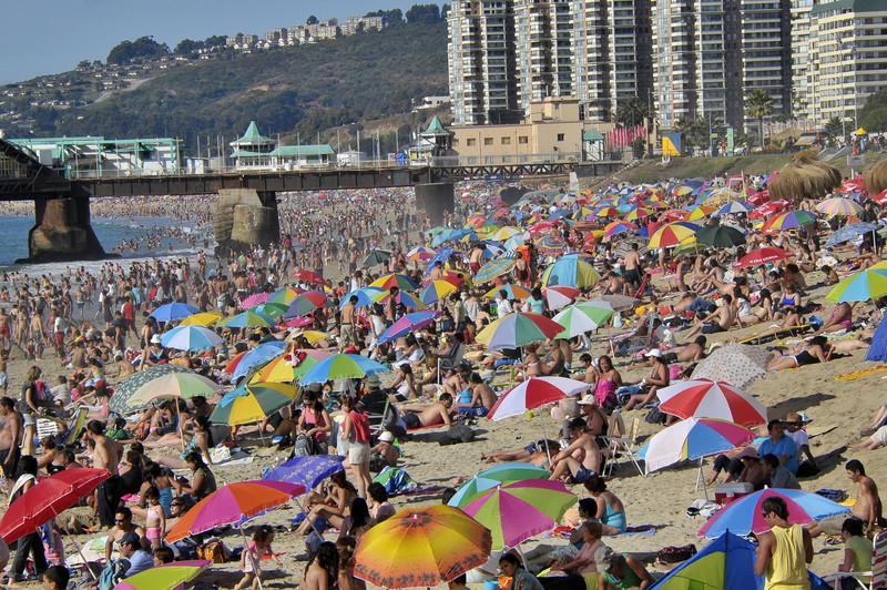 08 chile jan 3 beach 2 vdm.jpg