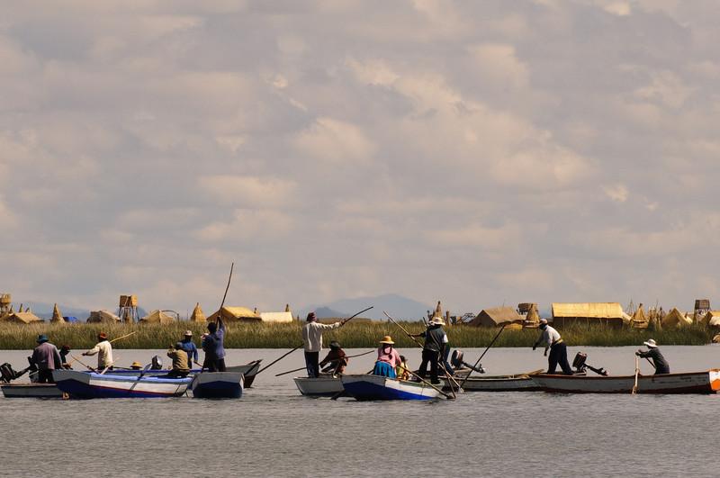 Islas Flotantes Fishing Group