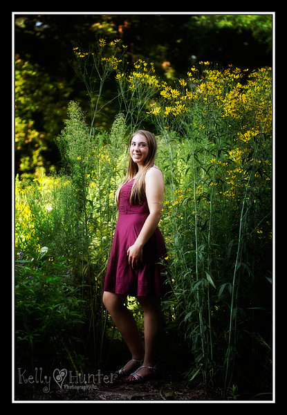 Lacey Senior 2016 043_edited-2.jpg