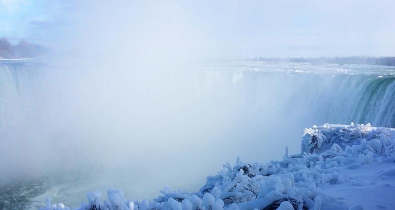 NiagaraFalls-Winter11.jpg