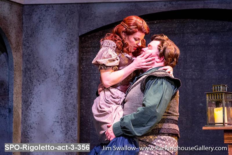 SPO-Rigoletto-act-3-356.jpg