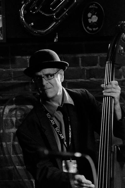 ©Dark Lake Photography Hermann's Jazz Club Claire Ness