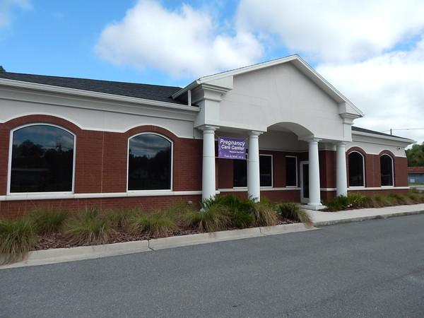 Pregnancy Care Center ribbon cutting in Hamilton County