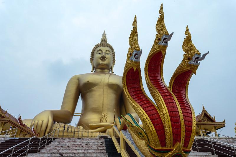 Wat Muang_Ayutthaya (37 of 52).jpg