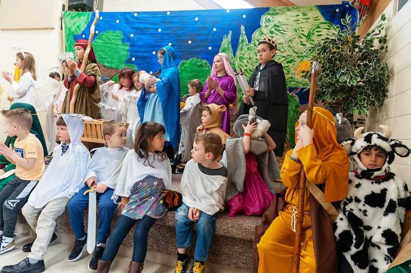 20191209 Faith Children Advent Family Gathering-8047.jpg