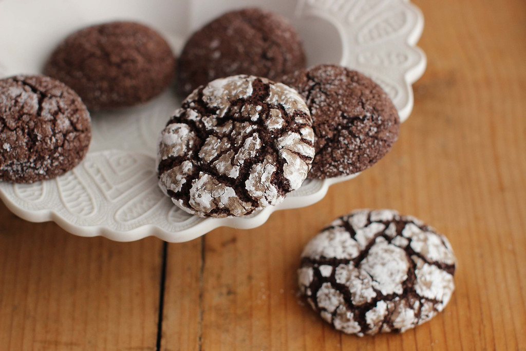 ". These cookies are from a recipe by Alison Ladman. <a href=""http://www.redding.com/lifestyle/food/spice-crinkle-and-chocolate-crinkle-cookies-rolled-into-1-ep-1362406623-361890711.html\"">Get the recipe for chocolate rye spice crinkles</a>. (AP Photo/Matthew Mead)"