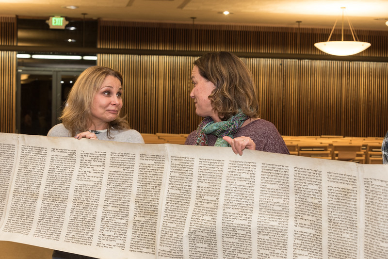 Simchat Torah4663.jpg