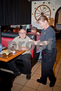 east-texas-restaurateur-places-smiles-over-business