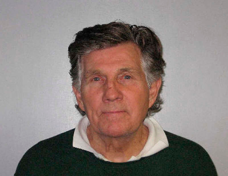 . This is a booking mug of television personality Gary Collins of Beverly Hills, Calif., provided by the Biloxi, Miss., Police Department and taken Tuesday, Jan. 4, 2011, after Collins was charged with defrauding an innkeeper of $59.35 after leaving a Biloxi restaurant and refusing to pay the tab. According to Mississippi law, refusing to pay a restaurant bill of more than $25 is a felony. (AP Photo/Biloxi Police Department)