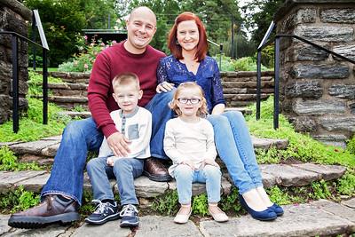 Family Portrats - Isa