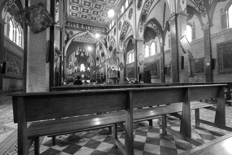banos-church_4888774364_o.jpg