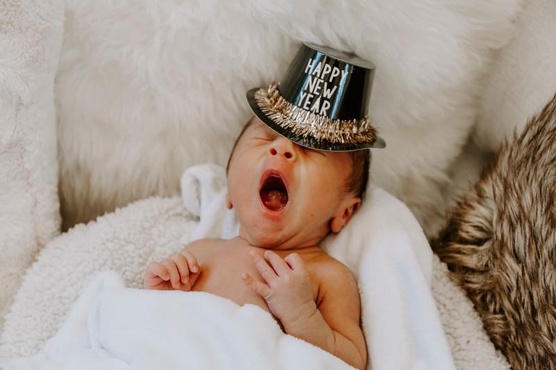 newborn-harrison_131.jpg