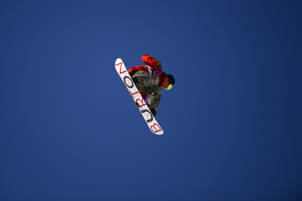 . Belgium\'s Seppe Smits competes in the Men\'s Snowboard Slopestyle second heat qualification at the Rosa Khutor Extreme Park during the Sochi Winter Olympics on February 6, 2014. AFP PHOTO / JAVIER SORIANO/AFP/Getty Images